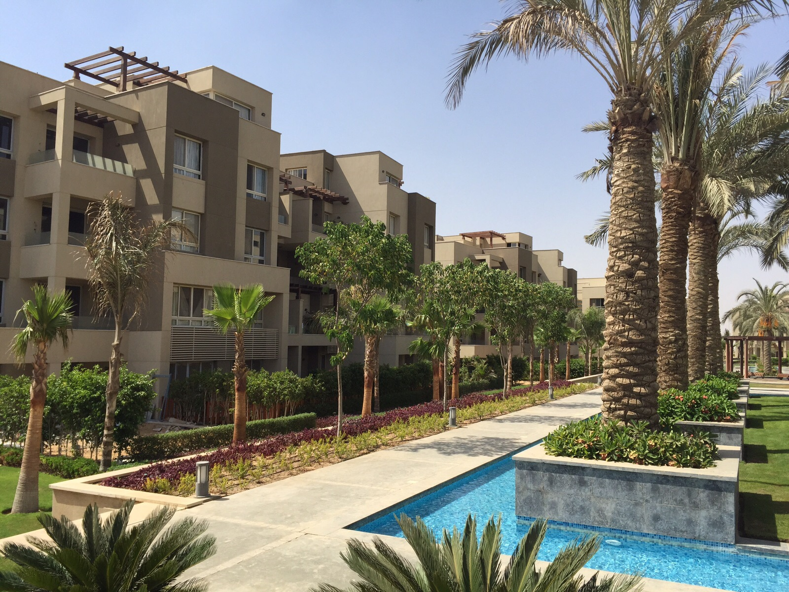 Apartment In Compound Park View New Cairo